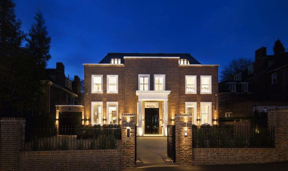 £16.95 Million Brick Mansion In London, England