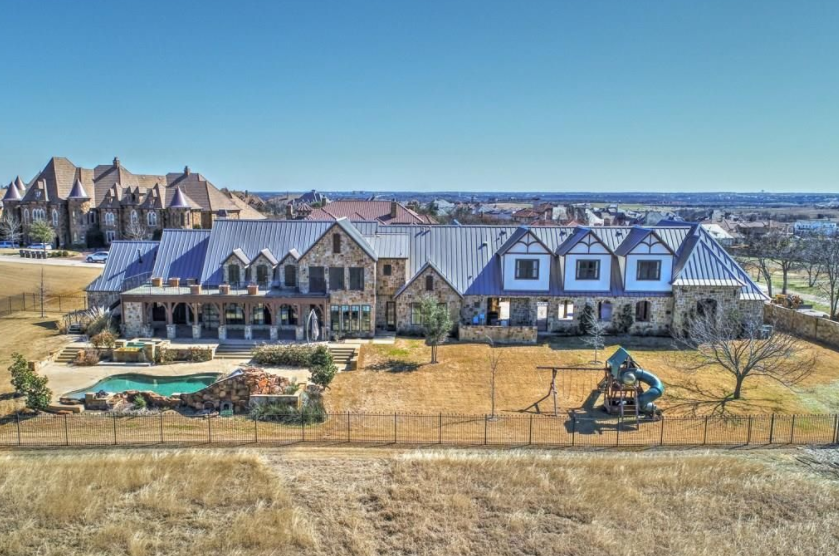 $1.95 Million Stone Home In Fort Worth, TX
