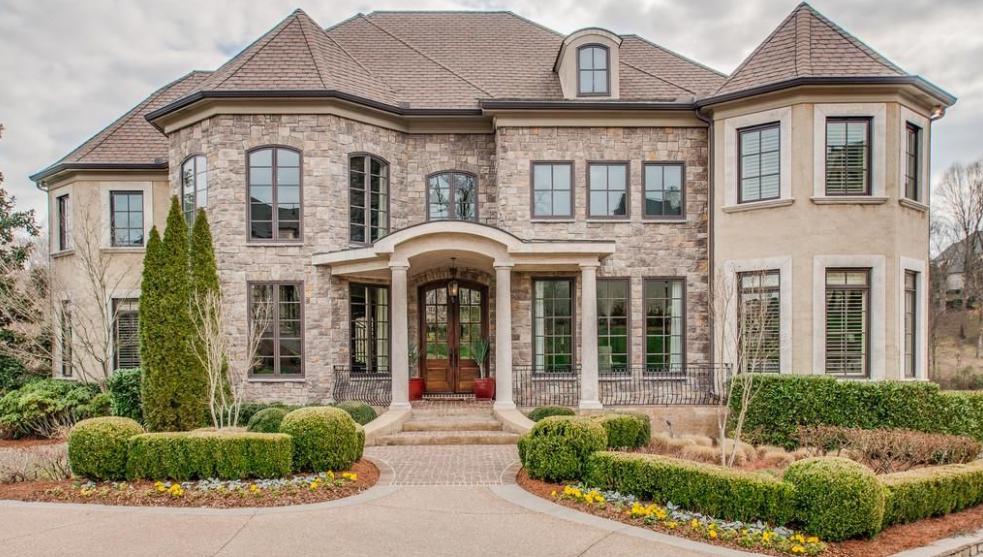 $2.2 Million Golf Club Home In Brentwood, TN