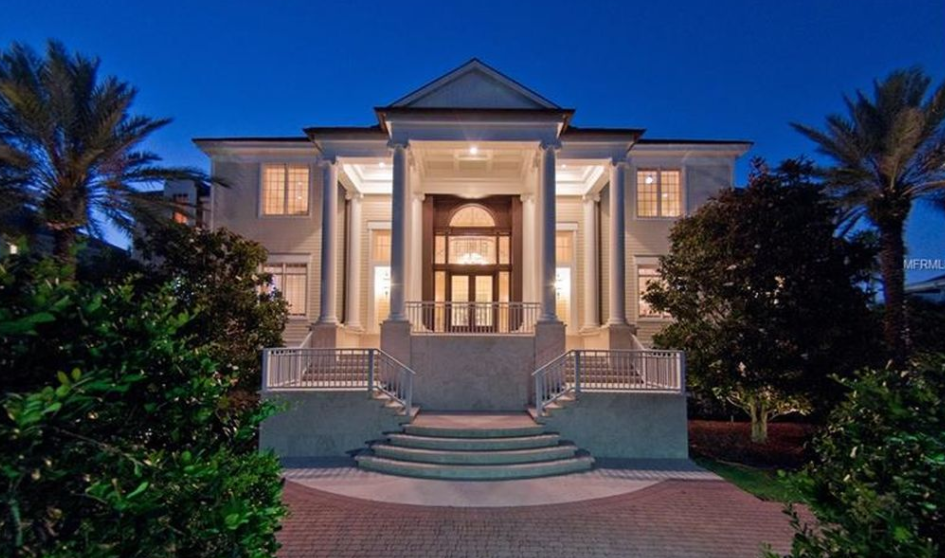 $6.9 Million Waterfront Home In Belleair, FL