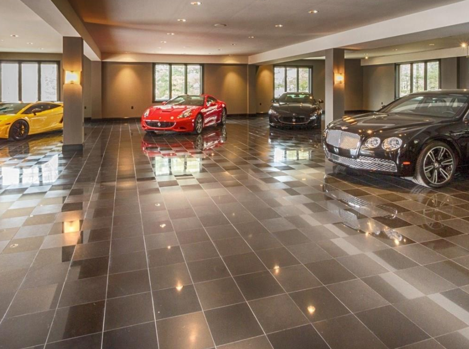 Waterfront Mansion In Fishers In With 34 Car Garage