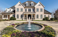 Kelly Clarkson Lists 20,000 Square Foot Waterfront Mansion In Tennessee