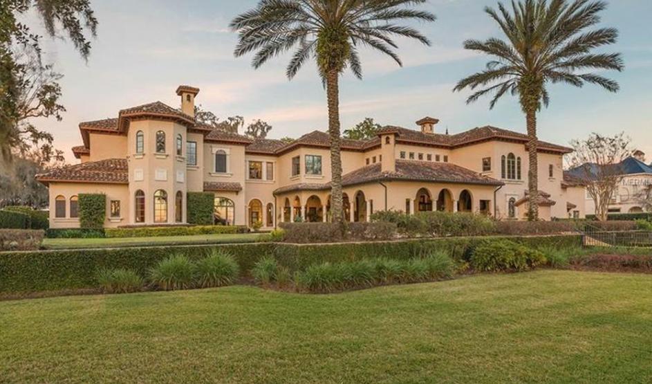 Celebrity motor homes host