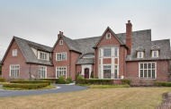 $2.75 Million English Tudor Home In Lake Forest, IL