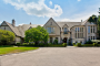 $5.495 Million Stone & Stucco Home In Lake Forest, IL
