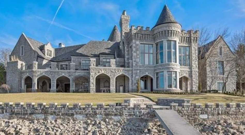 18 000 Square Foot Lakefront Stone Mansion In Kansas City