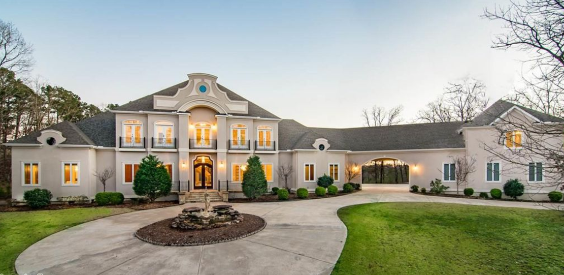 10 000 Square Foot European Inspired Home In Little Rock