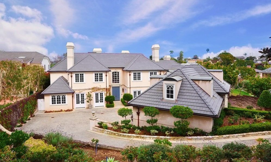 7 5 million french country home in manhattan beach ca for French country beach house