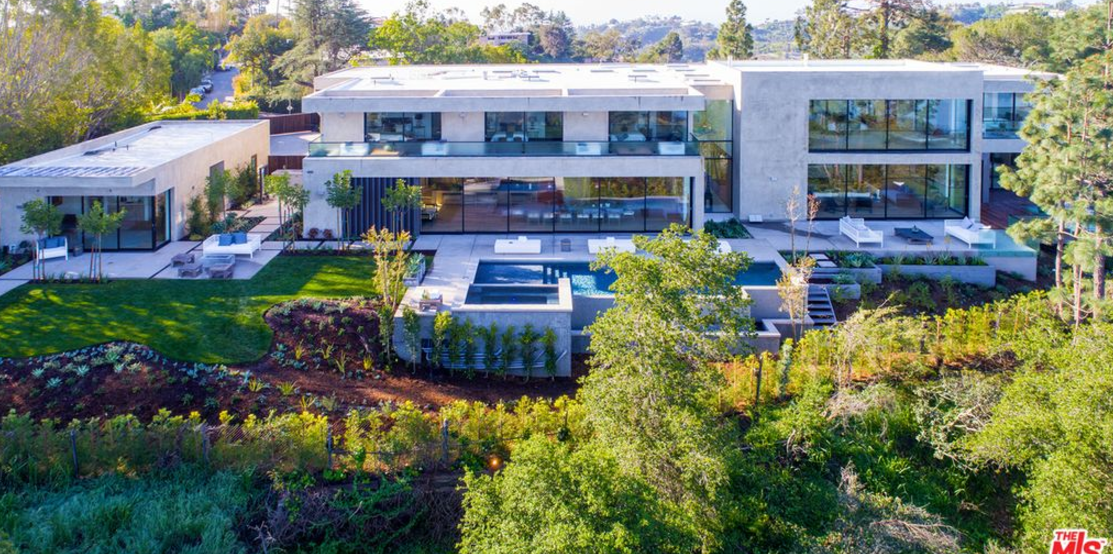 23 5 million newly built contemporary mansion in los for Rich homes in california