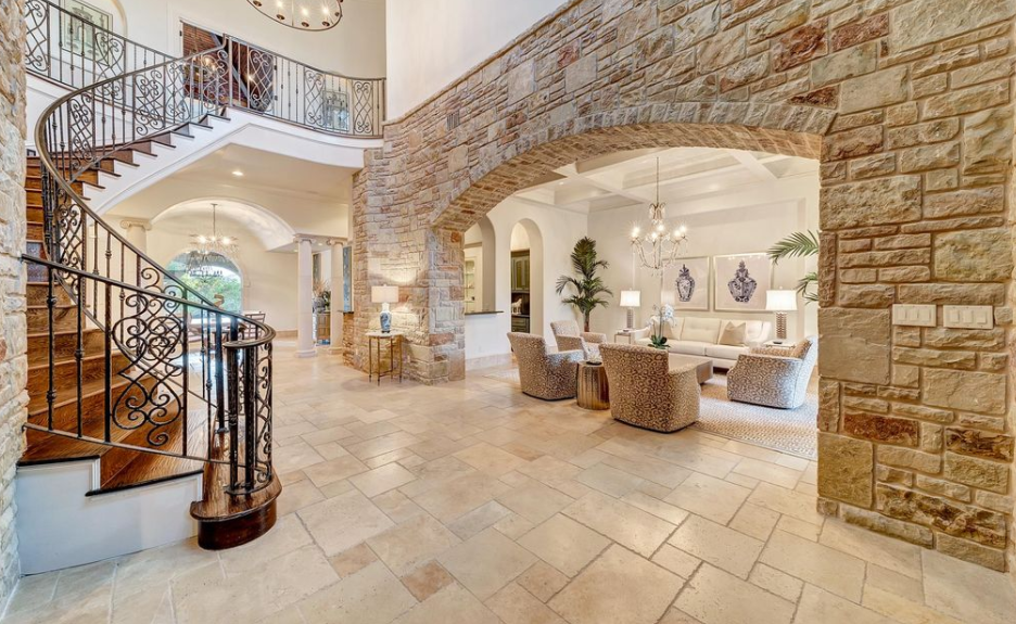 10 000 Square Foot Stone Stucco Mansion In Fort Worth