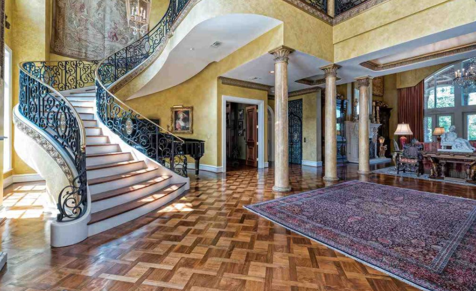 17 000 Square Foot Lakefront Mansion In Waco Tx Homes
