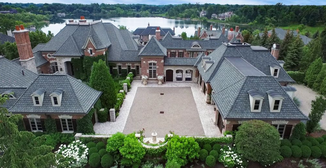 10 5 Million Brick Amp Stone Mansion In Bloomfield Hills