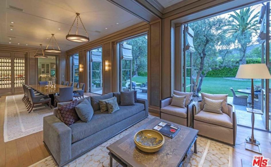 49 Million Mega Mansion In Beverly Hills Ca Homes Of