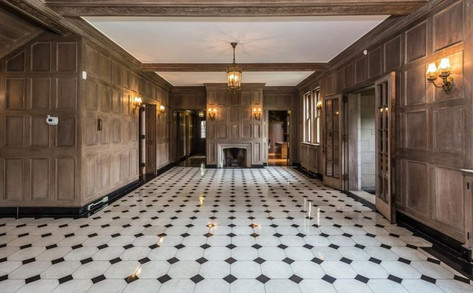 Historic Stone Mansion In Detroit Mi For 1 Million