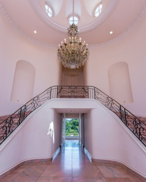 22 5 Million French Style Mansion In Los Angeles Ca