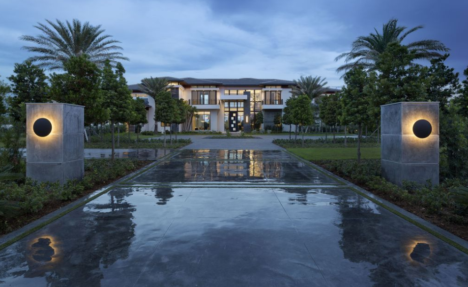 15 9 Million Newly Built Waterfront Mansion In Delray