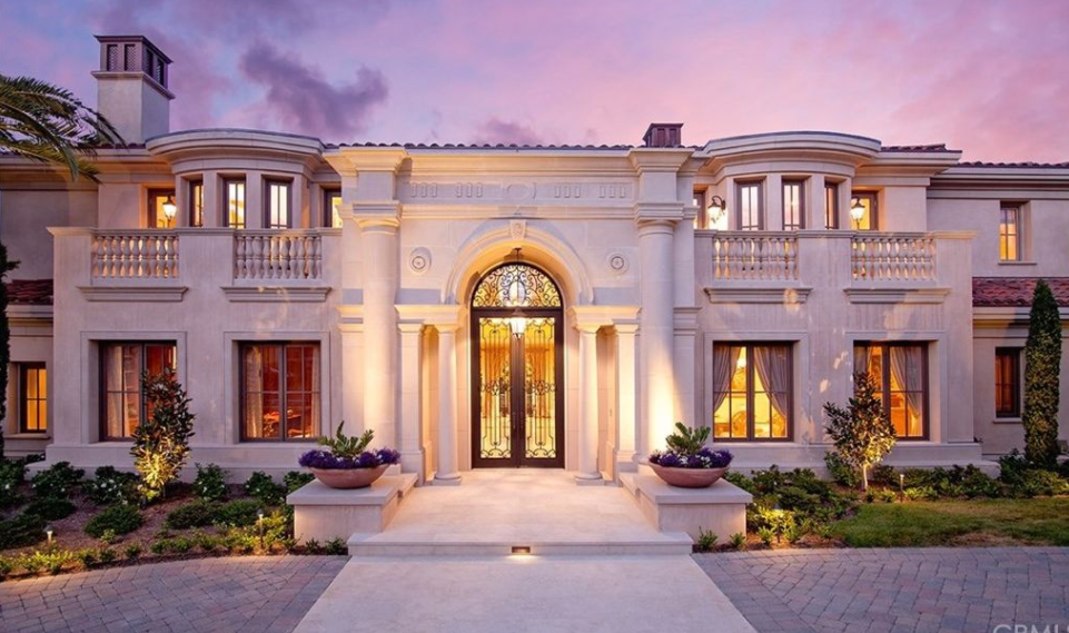 Million mediterranean style mansion in newport for Rich homes in california