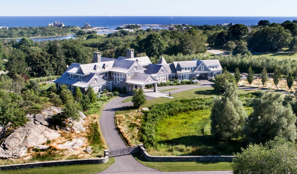 The bird house a 12 5 million shingle mansion in for Rhode island home builders