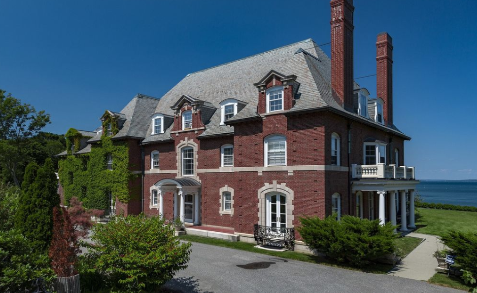 Historic Waterfront Brick Mansion In Bar Harbor Maine