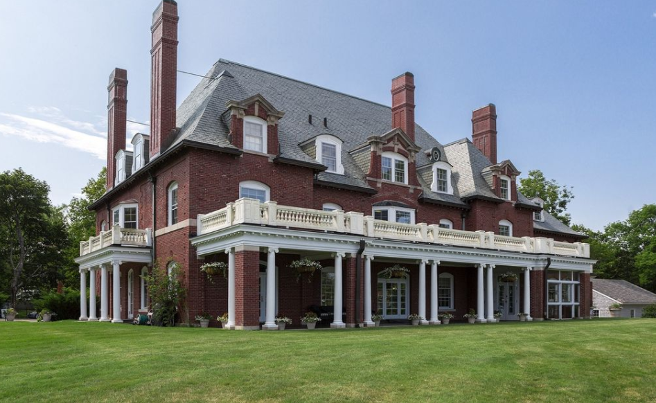 Historic Waterfront Brick Mansion In Bar Harbor Maine
