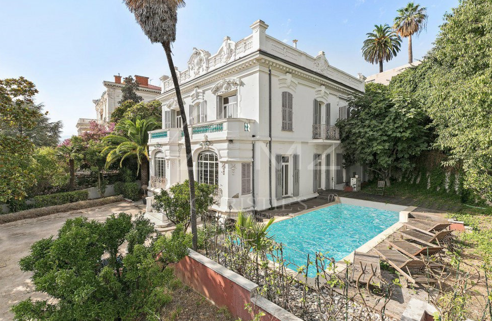 4 5 Million Villa In Nice France Homes Of The Rich