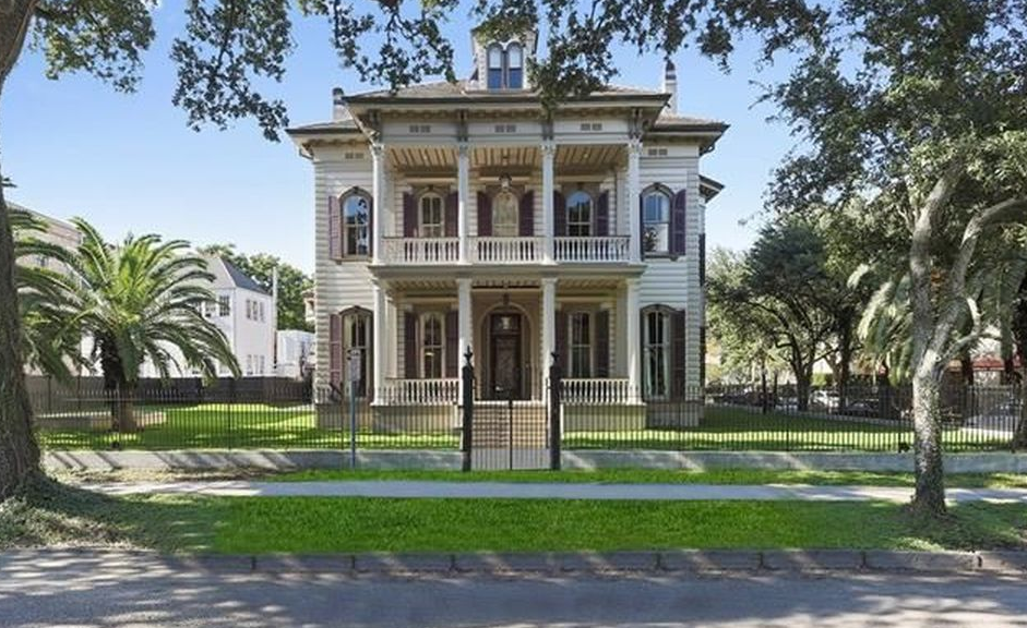 Historic Victorian Style Mansion In New Orleans Louisiana Homes Of The Rich