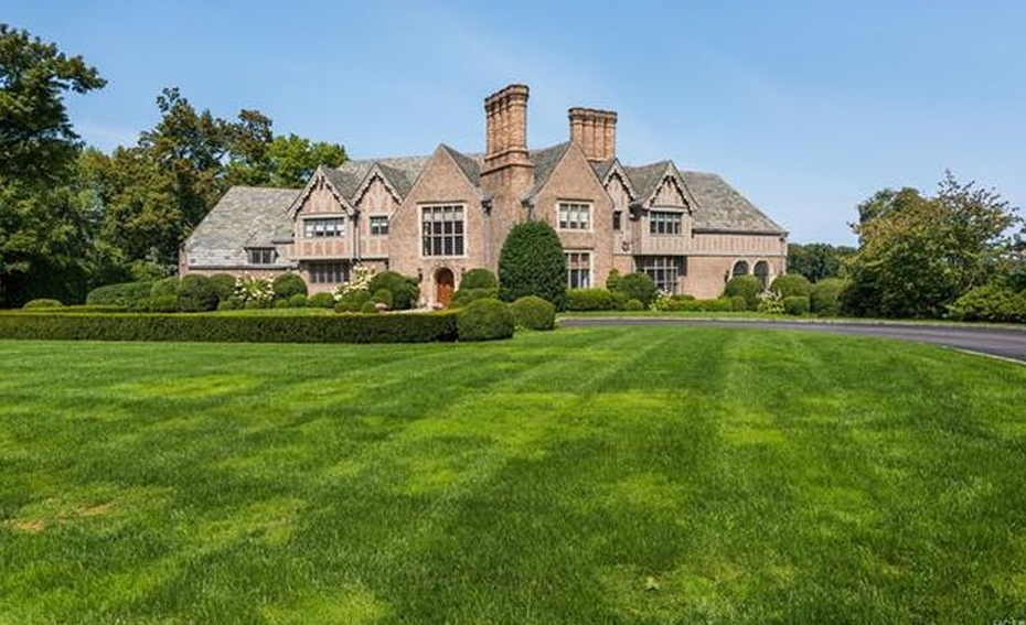 English Tudor Style Mansion In Rye New York Homes Of