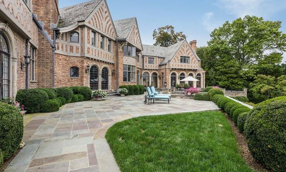 English Tudor Style Mansion In Rye, New York | Homes of ...