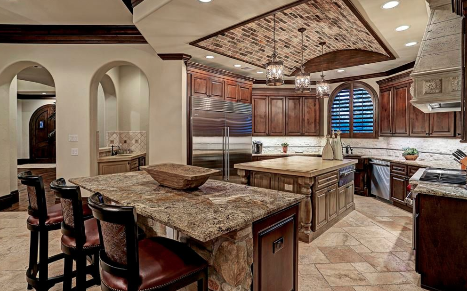 Tuscan Style Home In Houston Texas Homes Of The Rich