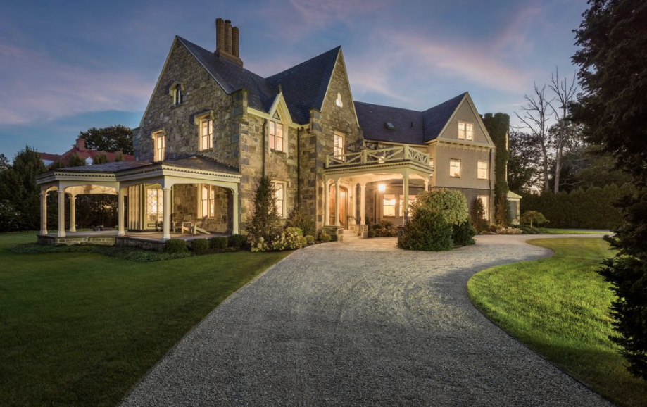 10 000 Square Foot Historic Mansion In Newport Rhode