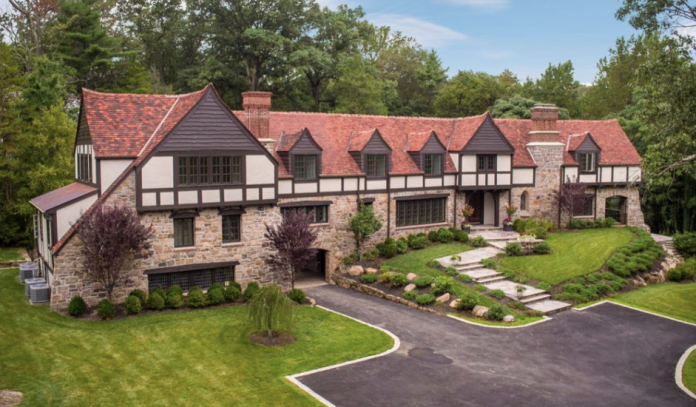 Historic Tudor Style Home In Rye New York Homes Of The Rich