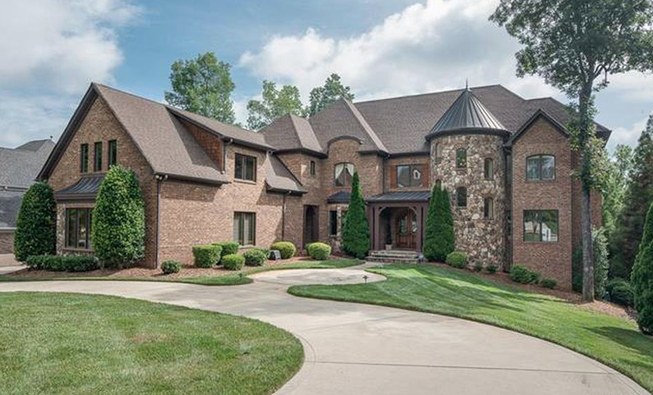 Brick and stone home pictures.