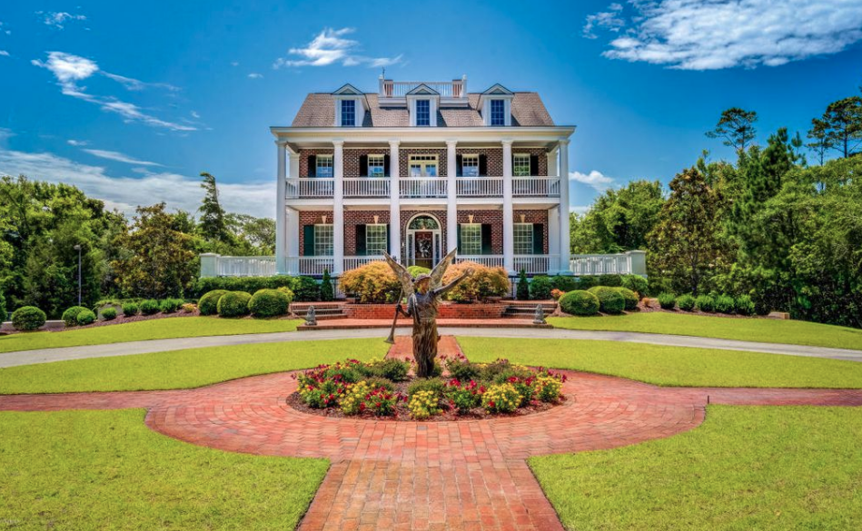 plantation style waterfront home in newport north carolina homes