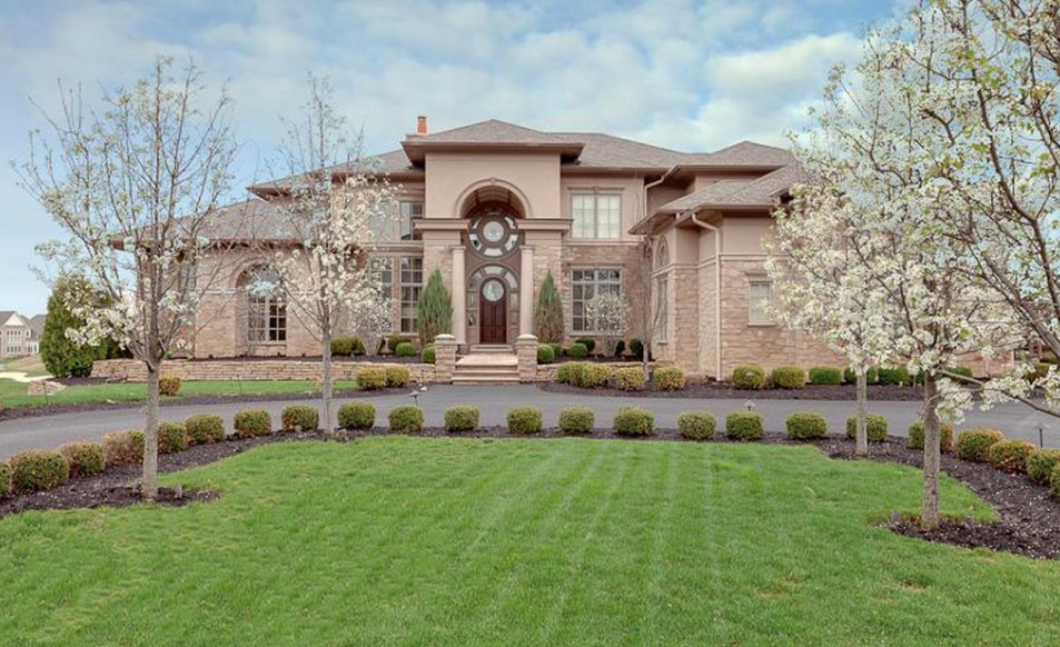11 000 Square Foot Stone Stucco Mansion In Dublin Ohio Homes Of The Rich