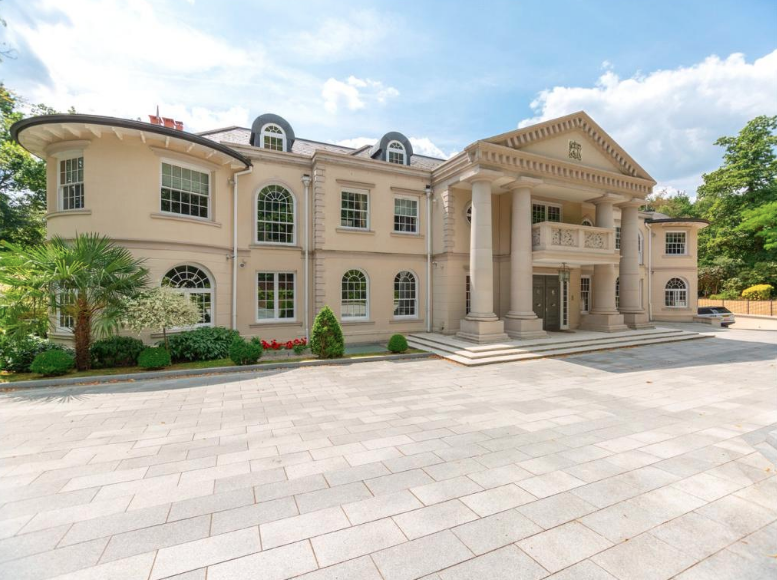 Stately 10 Bedroom Mansion In Surrey England With 10 Car