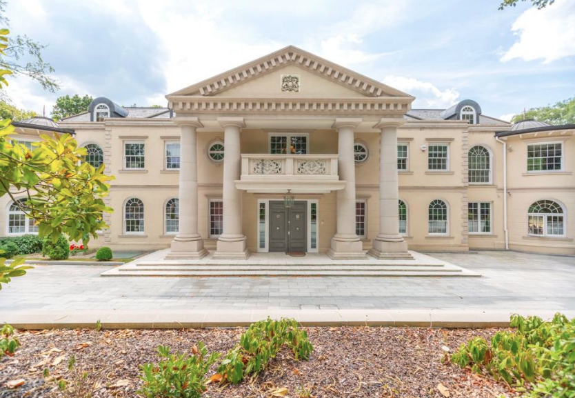 Stately 10 Bedroom Mansion In Surrey England With 10 Car Garage Floor Plans Homes Of The Rich