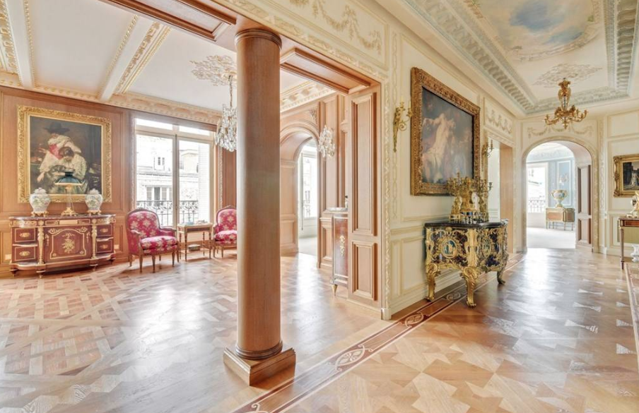 Beautiful Apartment In Paris, France | Homes of the Rich