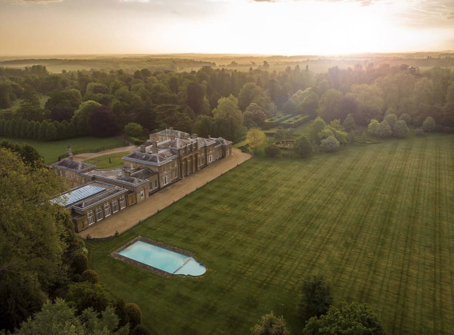 Hackwood Park A 260 Acre Estate In England Homes Of The Rich