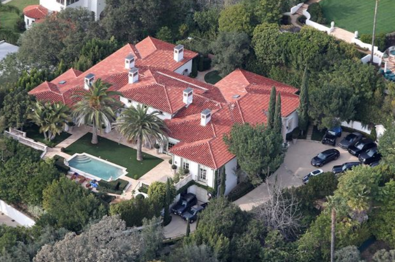 David And Victoria Beckham Sell Los Angeles Mansion For