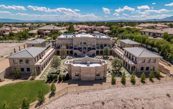 Floyd Mayweather Buys 10 Million Las Vegas Estate Homes