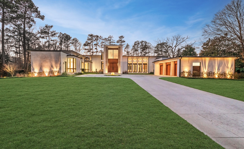 7 Million Modern Home In Georgia With Indoor Basketball Court Homes Of The Rich