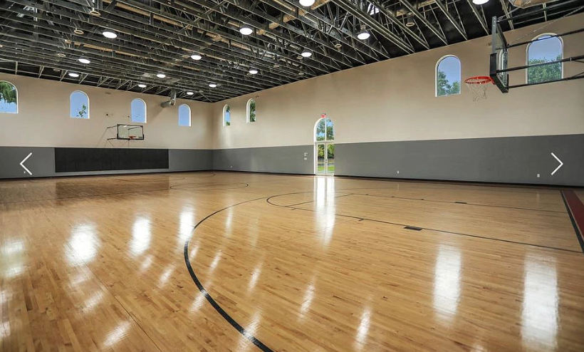 11 Million Estate In Weston Florida With Massive Pool Indoor Basketball Court Homes Of The Rich