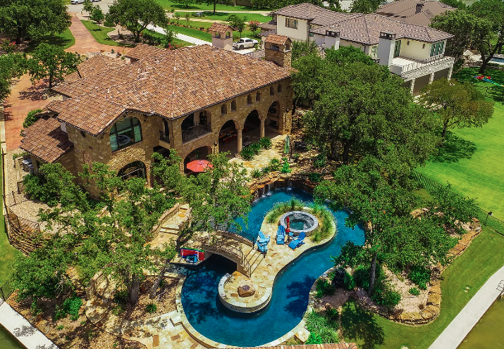 Lakefront Texas Home With Lazy River Pool Boat House Homes Of The Rich