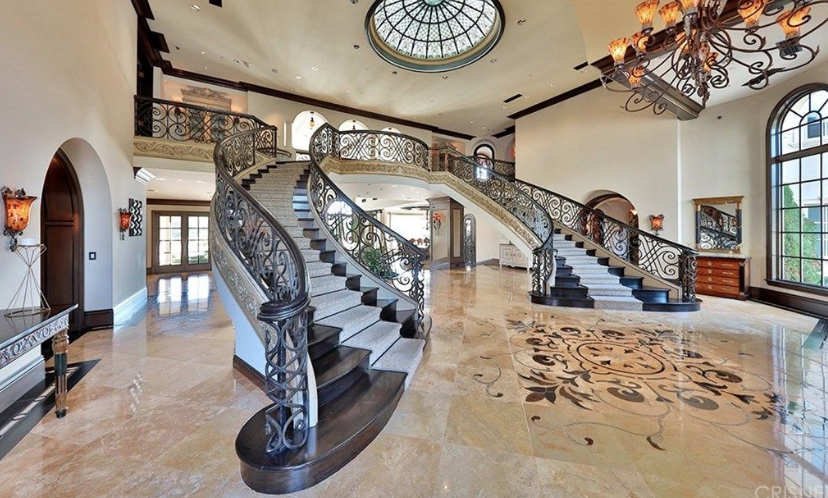 Jeffree Star Buys Hidden Hills Mansion For 14 5 Million